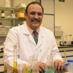 """د. حسن عزازي يحصل على جائزة المبتكر العالمي لعام 2014 من """"تكساس كريستيان"""""""