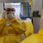 """الصحة العالمية:حوالى 10 آلاف حالة اشتباه أو إصابة بـ""""الإيبولا"""" بسبع دول"""