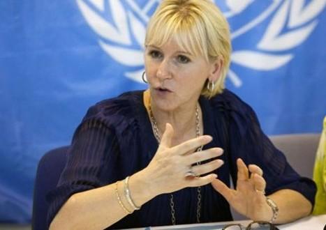 السويد تعترف بدولة فلسطين وعباس يرحب