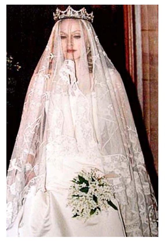 مزاد علني لبيع ثوب زفاف مادونا ب 47 ألف يورو في أوائل نوفمبر